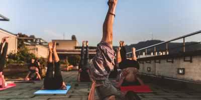 Hatha Yoga, Rückenlage, Asana, Yogakurs, Yogatrainer, VHS Lörrach, my-lifestyler.com